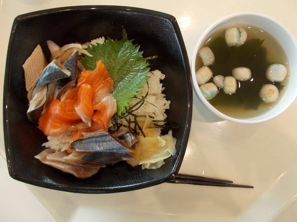 女川海鮮丼
